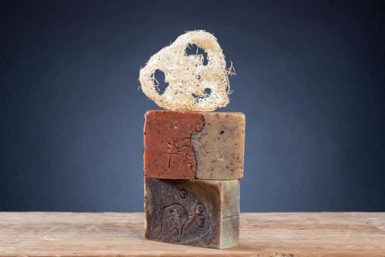 Pack peeling façon loutre savons luffa 1